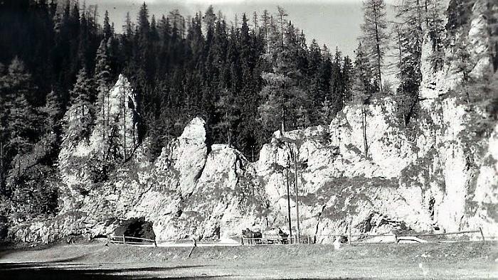 Bola raz jedna povesť - 315. časť (Stratenská kamenná brána, Stratenský kaňon, Telgárt, Hron)