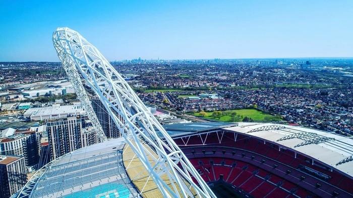 Futbalové chrámy - 2. časť: Pozrite si najstarší aj najkrajší