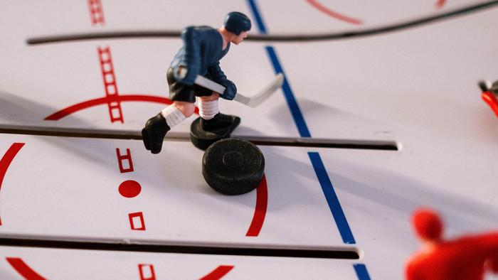 Vedeli ste o hokejovom puku, že...?