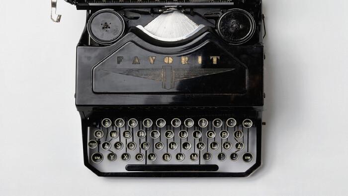 Spomíname na spisovateľa Vincenta Šikulu