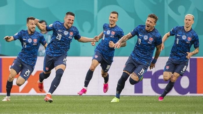 Koronavírus v slovenskom tíme. Počet pozitívnych je známy