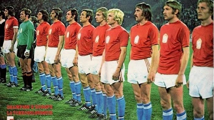 Slovakia at EURO 2020 and 1976