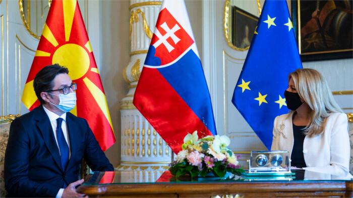 El jefe de la Diplomacia eslovaca inauguró en Bratislava la embajada de la Macedonia del Norte