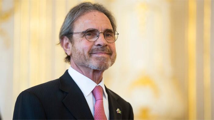 El ministro de Defensa se ha entrevistado con el embajador de Brasil en Eslovaquia
