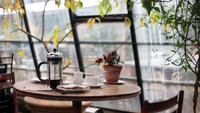 Dvaja labužníci si otvorili kaviareň podľa vzoru z Veľkej Británie