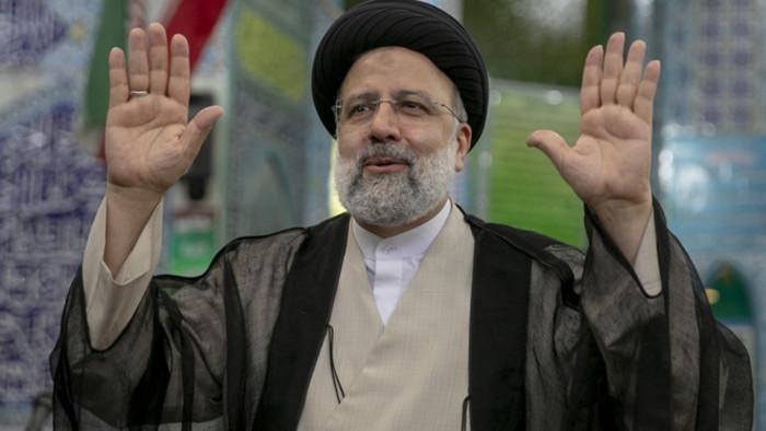 Keményvonalas konzervatív utódja lesz Haszan Róháni iráni elnöknek