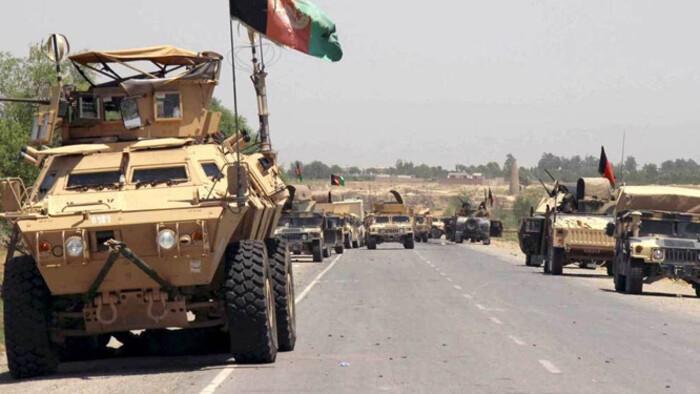 Folyamatosan nyomulnak előre a tálibok Afganisztánban