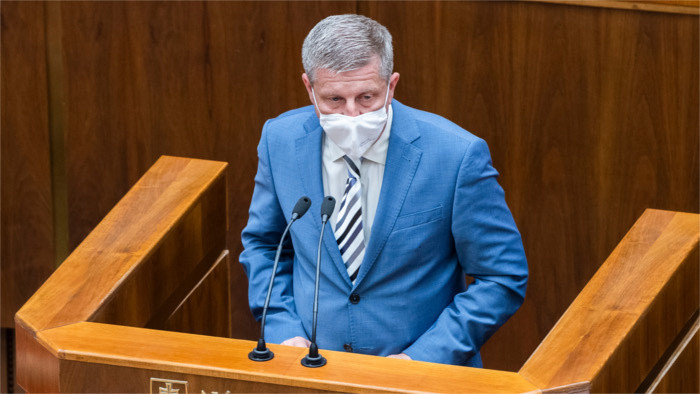 Challenges ahead of Health Minister after his first 100 days