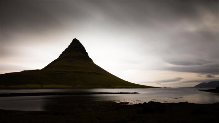 Island, pútnici a cudzinci