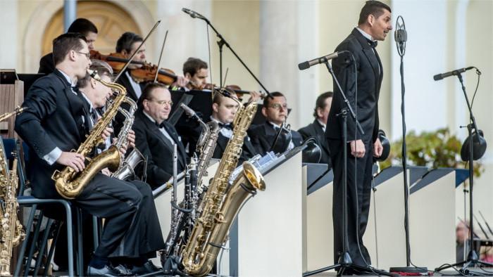 Les invito a festejar el 30 cumpleaños de la banda Bratislava Hot Serenaders