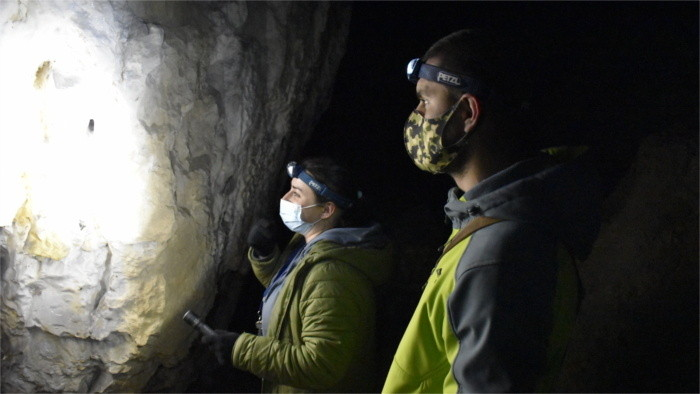 Hoy visitaremos una cueva muy interesante, llamada Siete (Sedmička)