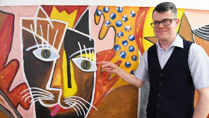 Hluchoslepý umelec Martin Kovalík
