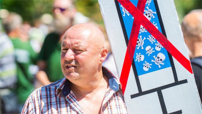 """Los """"antivacunas"""" amenazan de muerte a varios médicos eslovacos"""