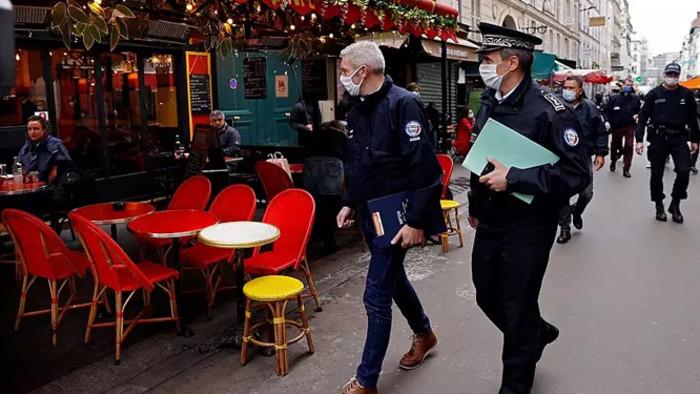 Járványügyi szigorítások Franciaországban