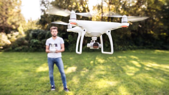 Miloš Šajbidor: Aj drony majú svoje pravidlá