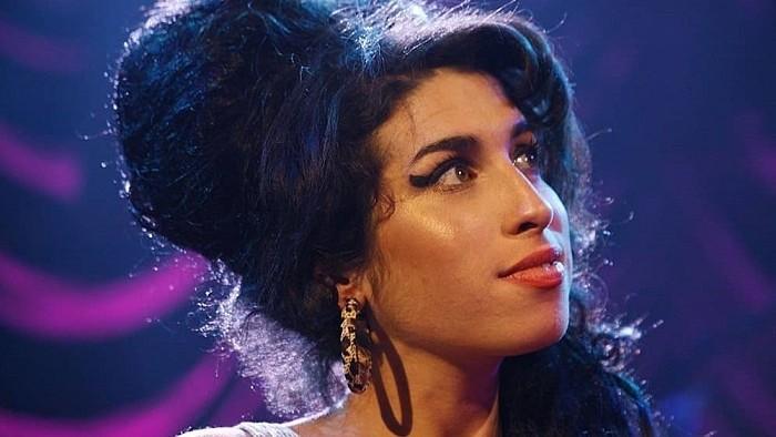 10 rokov od smrti Amy Winehouse, 10 faktov o britskej ikone