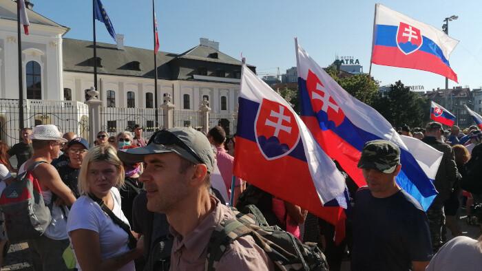 Массовый протест противников вакцинации в Братиславе