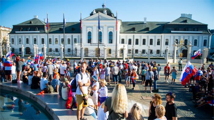 Протесты в Братиславе продолжились и сегодня