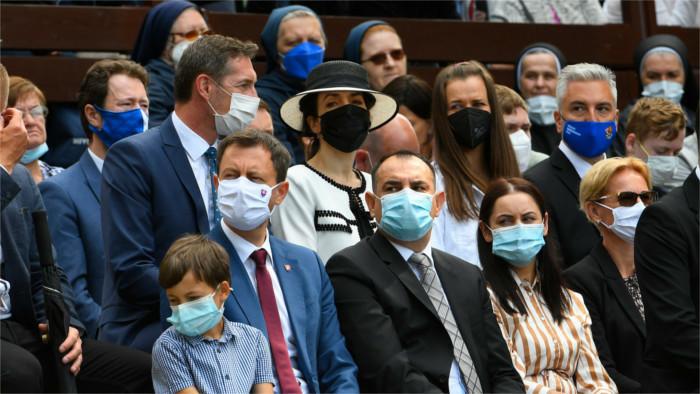 A Eslovaquia ha llegado ya la tercera ola de la pandemia de Covid-19