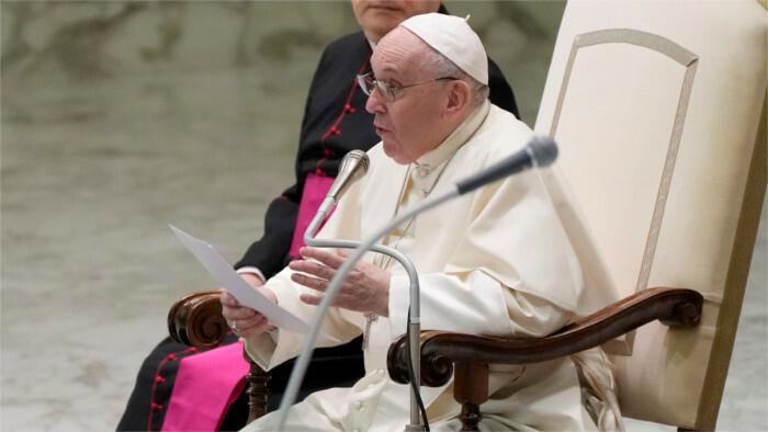Pápeža Františka chce vidieť dokopy asi 80-tisíc ľudí