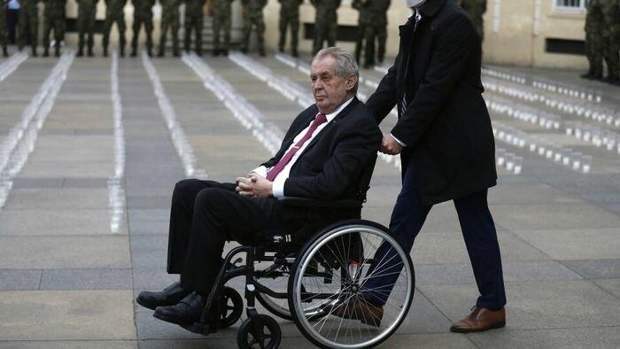 Tschechischer Präsident Miloš Zeman im Krankenhaus