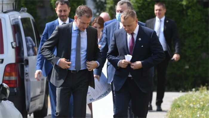 Matovič admits governing with one less partner possible