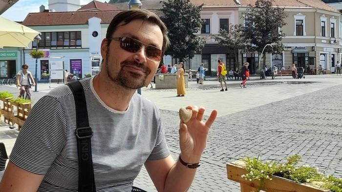 Leto s Michalom Várošíkom pri miešačke, namiesto mora Piešťany