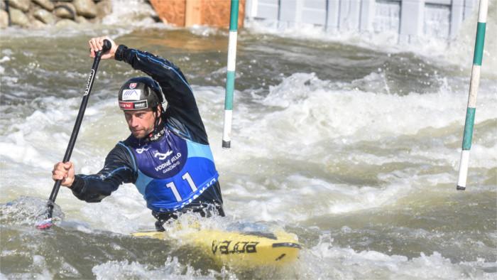 Slafkovský, Beňuš a Mirgorodský hladko do semifinále C1