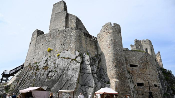 """""""Había una vez un castillo..."""" Novena ronda: El Castillo de Beckov"""