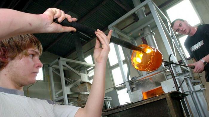 En Poltár se reanima la industria del vidrio
