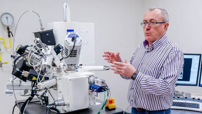 Dusza János fizikus kapta Szlovákia egyik legrangosabb tudományos díját
