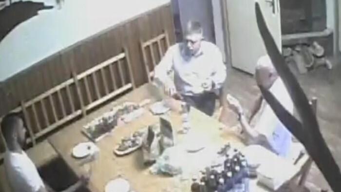 Kiszivárgott videófelvétel: a rendőrség titokban figyelte meg Robert Fico és társai találkozóját