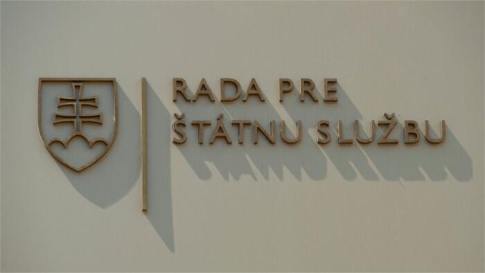Novela zákona o štátnej službe naspäť do parlamentu