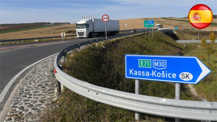 Doležal considera una vergüenza que la primera conexión por autopista entre Košice y Bratislava pase por Hungría