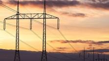 Majitelia pozemkov verzus energetici