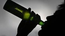 V Dolnom Kubíne budú sankcionovať pitie alkoholu na verejnosti