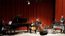 Concert de Claude Manac'h et le groupe EnChanté