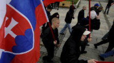 K veci: Nárast extrémizmu na Slovensku