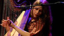 Najlepšia sobotná hudba: Joana Newsom aj Alapastel