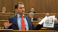 Opposition MP Matovic remains in Parliament