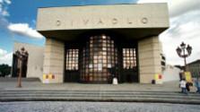 Divadelná Nitra - Právo na šťastie