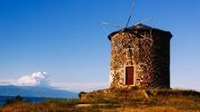 Nový Don Quijote, Vilikovského krásna strojvodkyňa i Slovo Válkovo