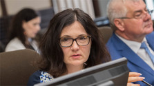 Enough signatures for no-confidence vote against Education Minister
