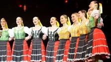 OĽUN a jeho hostia - dievčenská spevácka skupina Lúčince