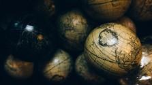 Atlasy, mapy aliterárne expedície, 2. časť