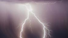 Lovec búrok