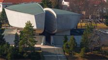 muzeum snp_tasr.jpg