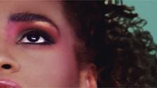 Filmová recenzia: Whitney