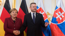 Angela Merkel auf Treffen der Visegrád-Gruppe
