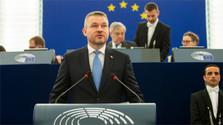 """""""Eslovaquia confía en la UE"""", dijo Pellegrini en el seno del Parlamento Europeo"""